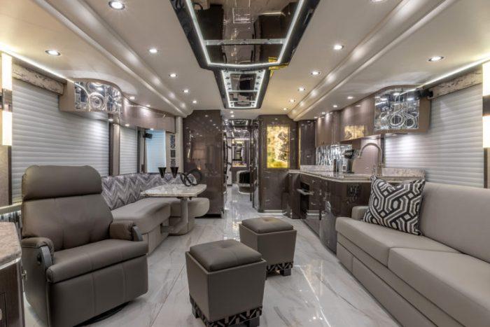 Coach Stock 10150 Interior