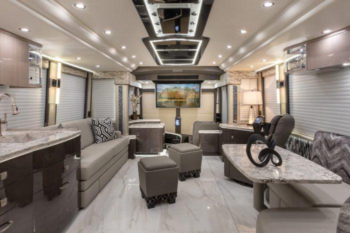 Coach Stock 10150 Interior Living & Dining