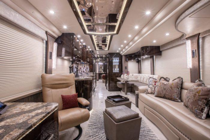 Coach Stock 10152 Interior