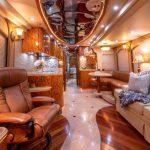 Coach Stock 728 Interior