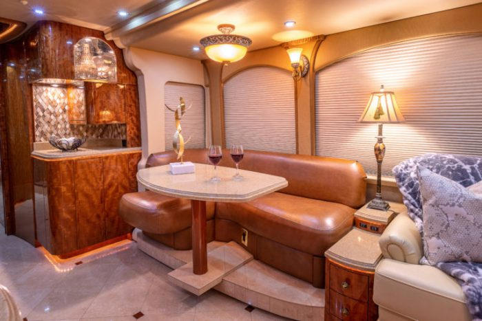 Coach Stock 728 Interior Dining