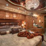 Coach Stock 755 Interior Bed