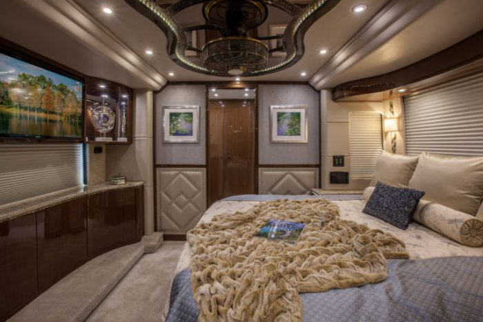 Coach Stock 758 Interior Bed
